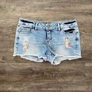 Hippie Laundry Jean Shorts Size 28